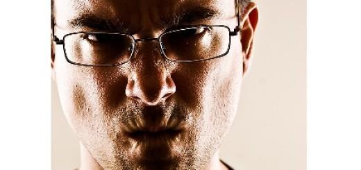 anlama anlaşılma eleştiri empati etiketlenme öfke öfke erteleme öfke kontrolü öfke nedir öfkeyle kalkan zararla oturur sakinleşme saldırganlık